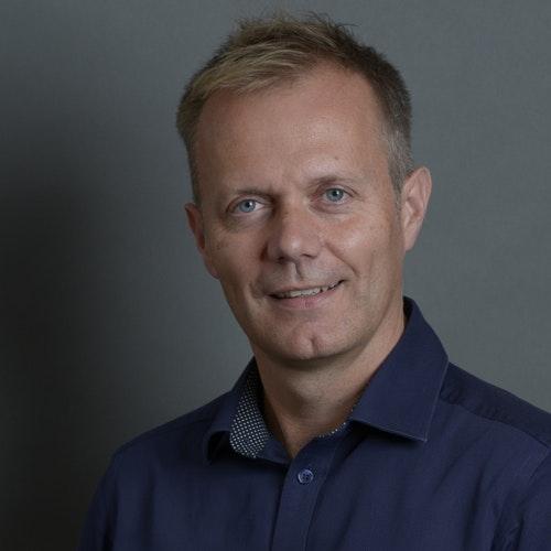 Adrian Hillier